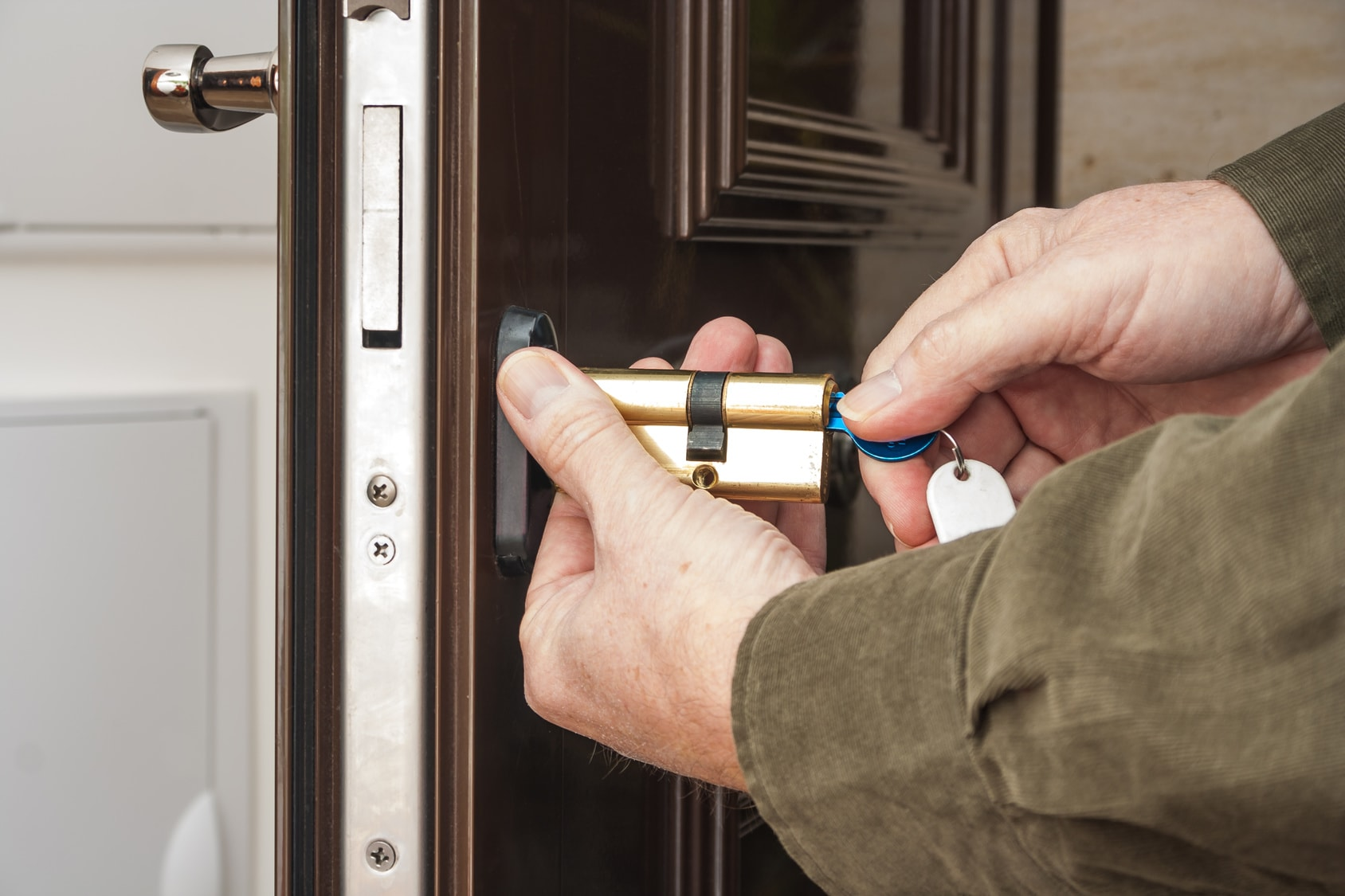 Использование металлической двери